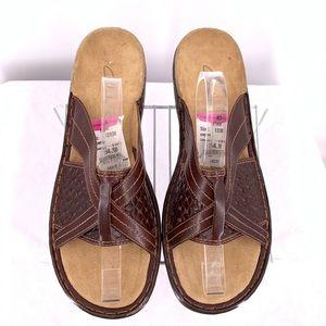 Clarks Women's Sandals Size 12